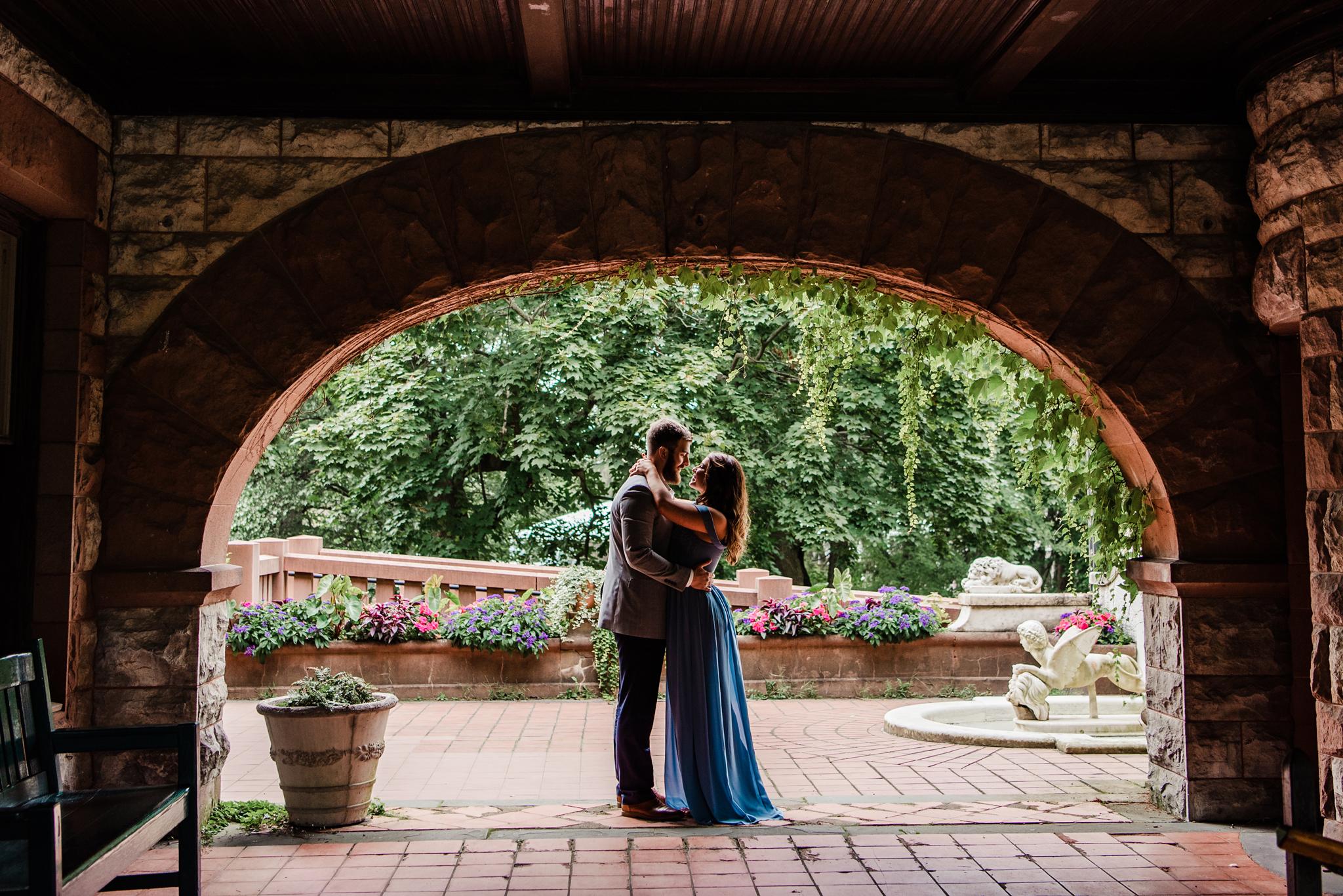Sonnenberg_Gardens_Finger_Lakes_Engagement_Session_JILL_STUDIO_Rochester_NY_Photographer_DSC_1505.jpg