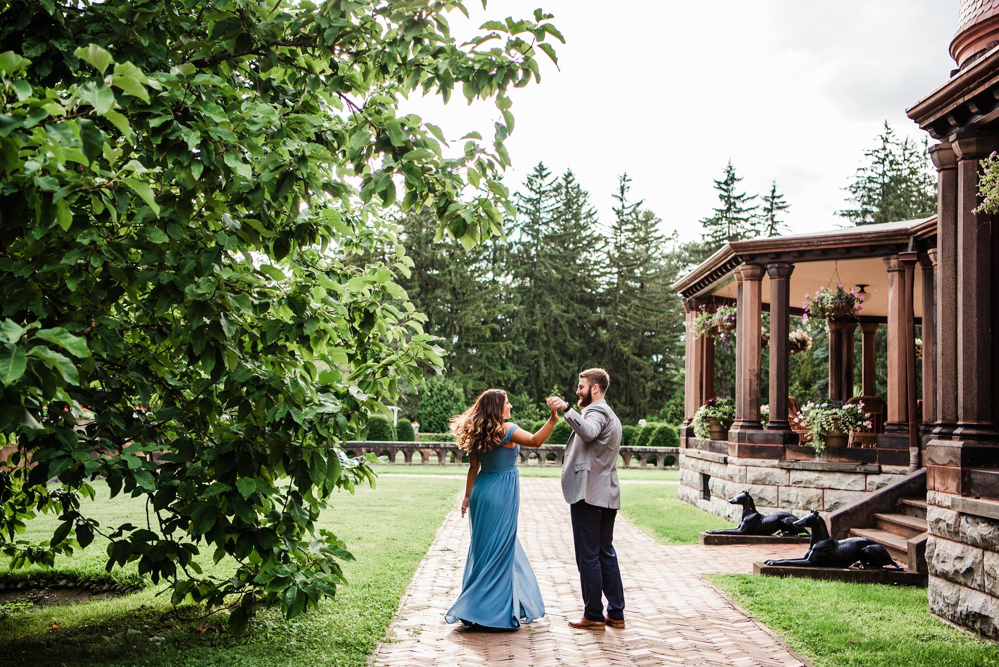 Sonnenberg_Gardens_Finger_Lakes_Engagement_Session_JILL_STUDIO_Rochester_NY_Photographer_DSC_1681.jpg