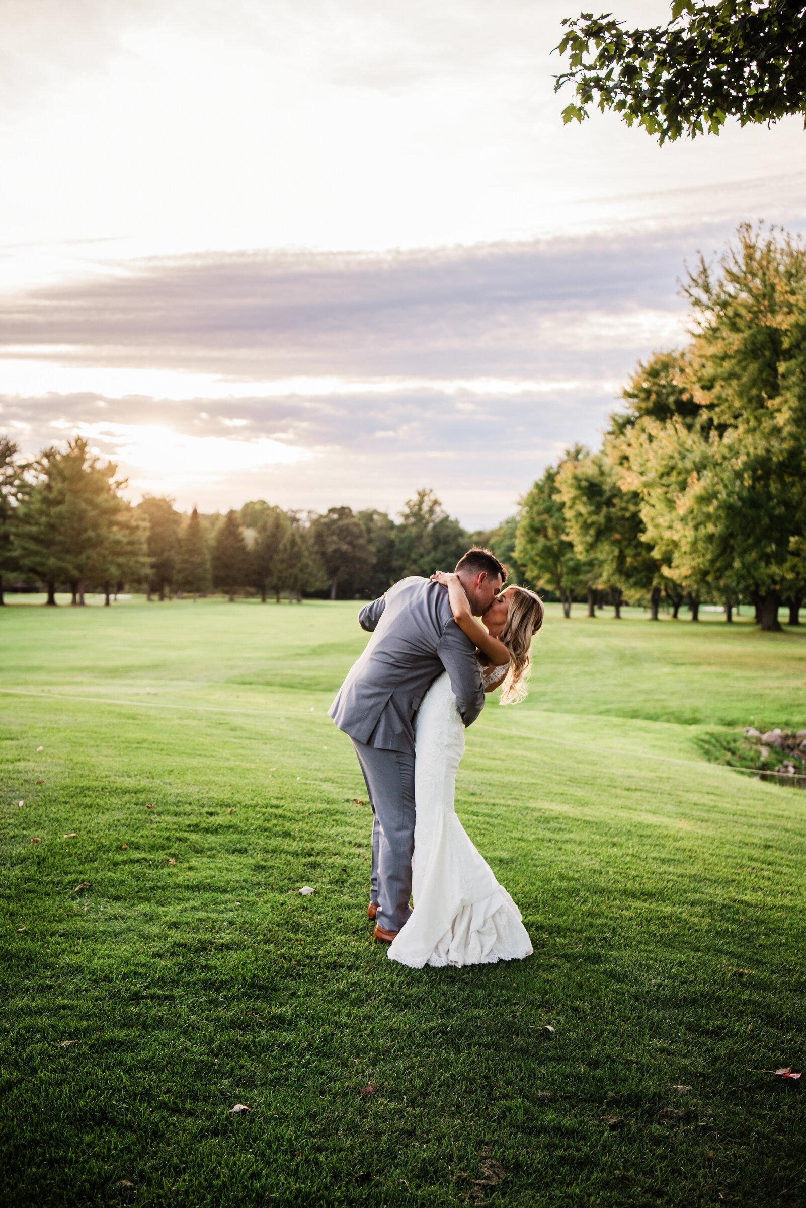 Deerfield_Country_Club_Rochester_Wedding_JILL_STUDIO_Rochester_NY_Photographer_DSC_6972.jpg