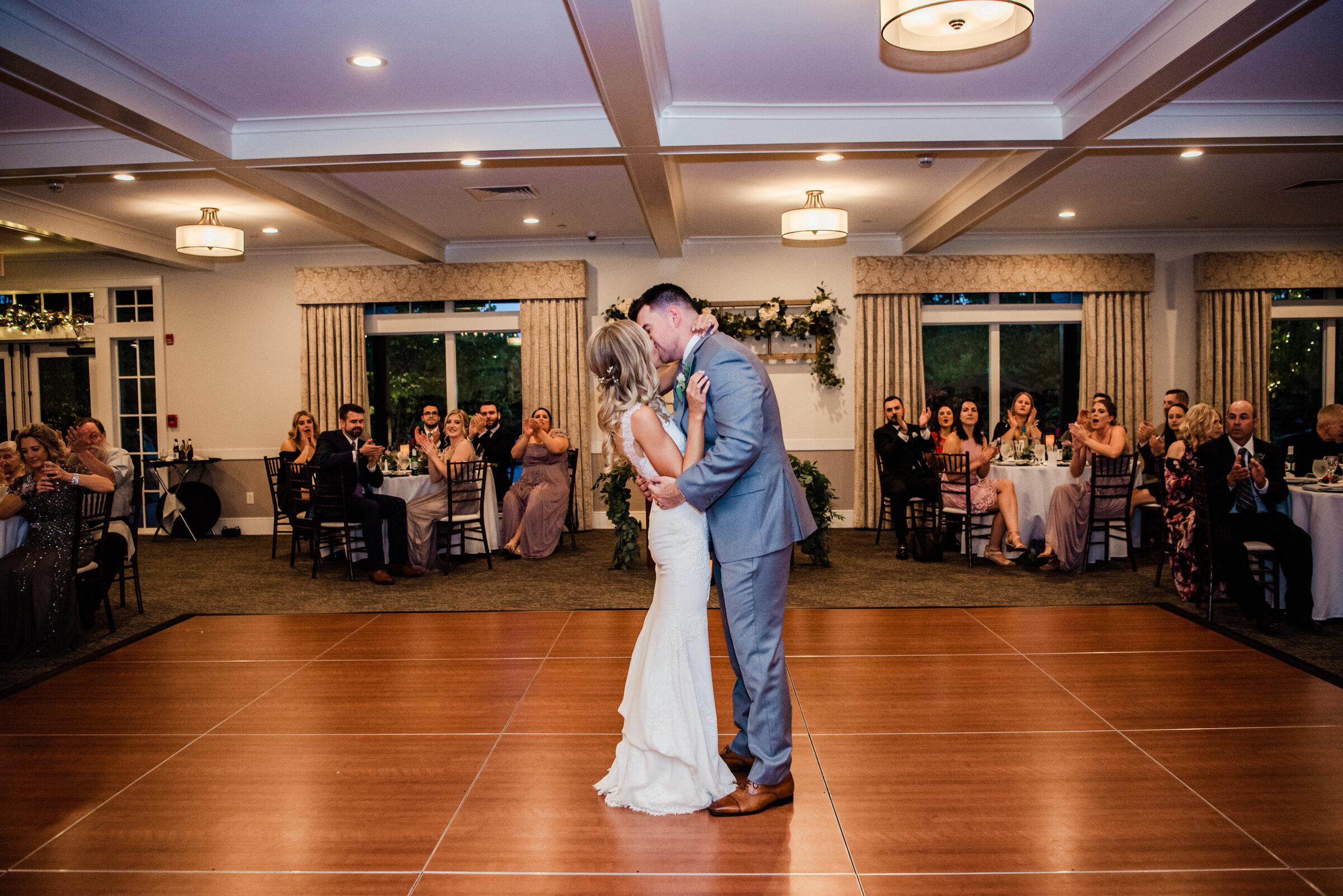 Deerfield_Country_Club_Rochester_Wedding_JILL_STUDIO_Rochester_NY_Photographer_DSC_7147.jpg