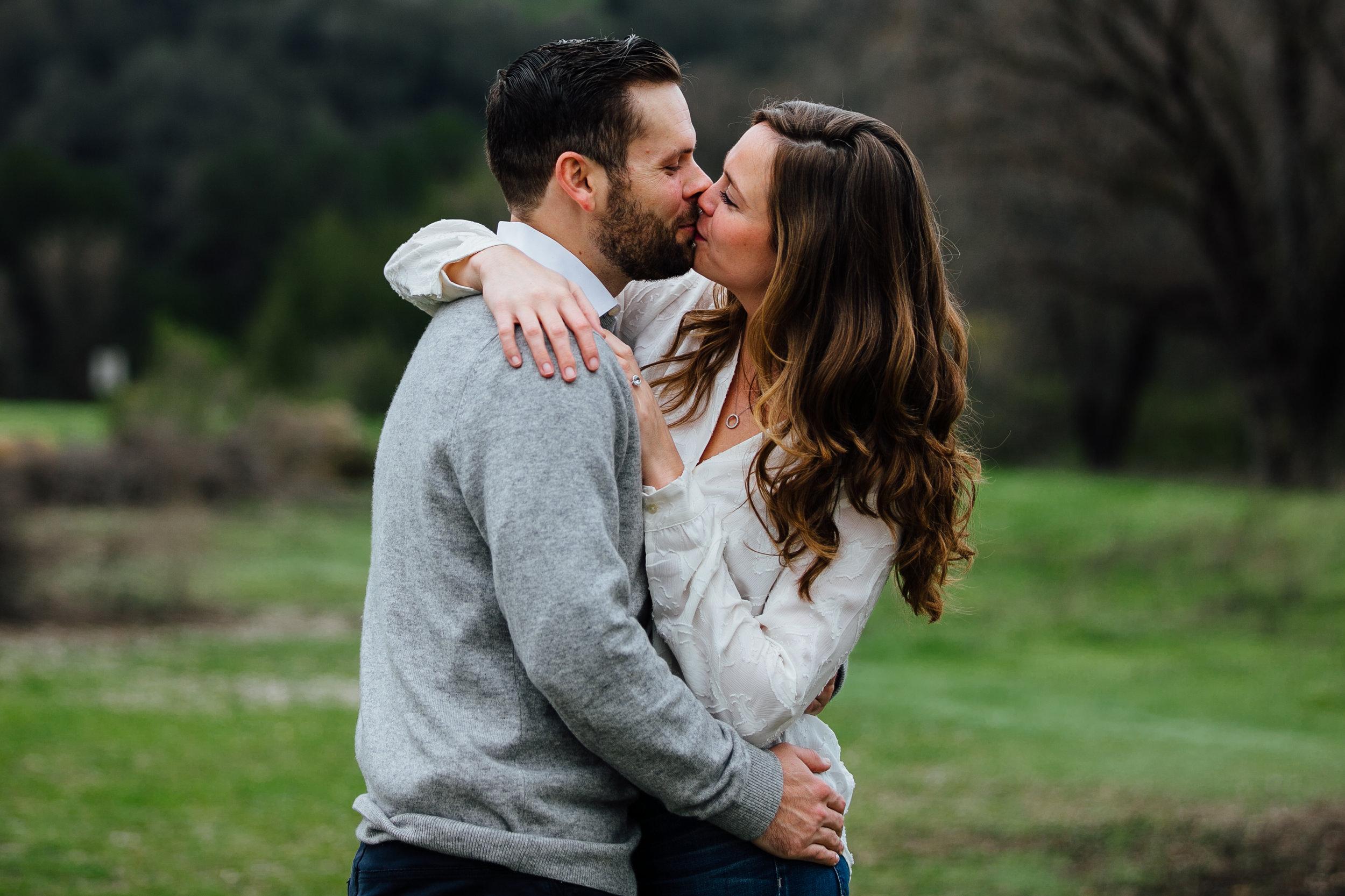w&j-malibu-canyon-engagement-session-kiss-one