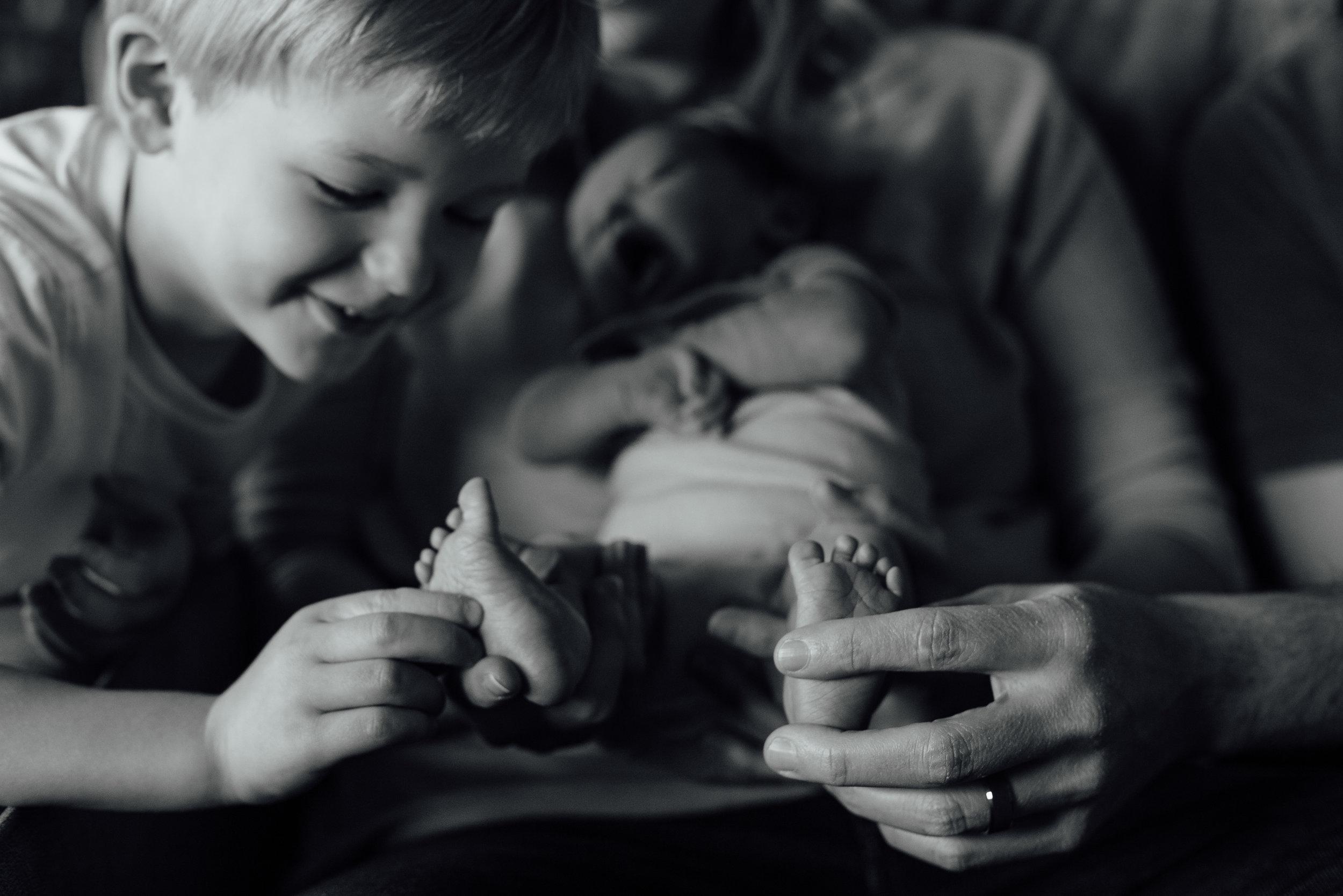 Newborn_Cassie&Todd_6D_20150329_437-112.jpg