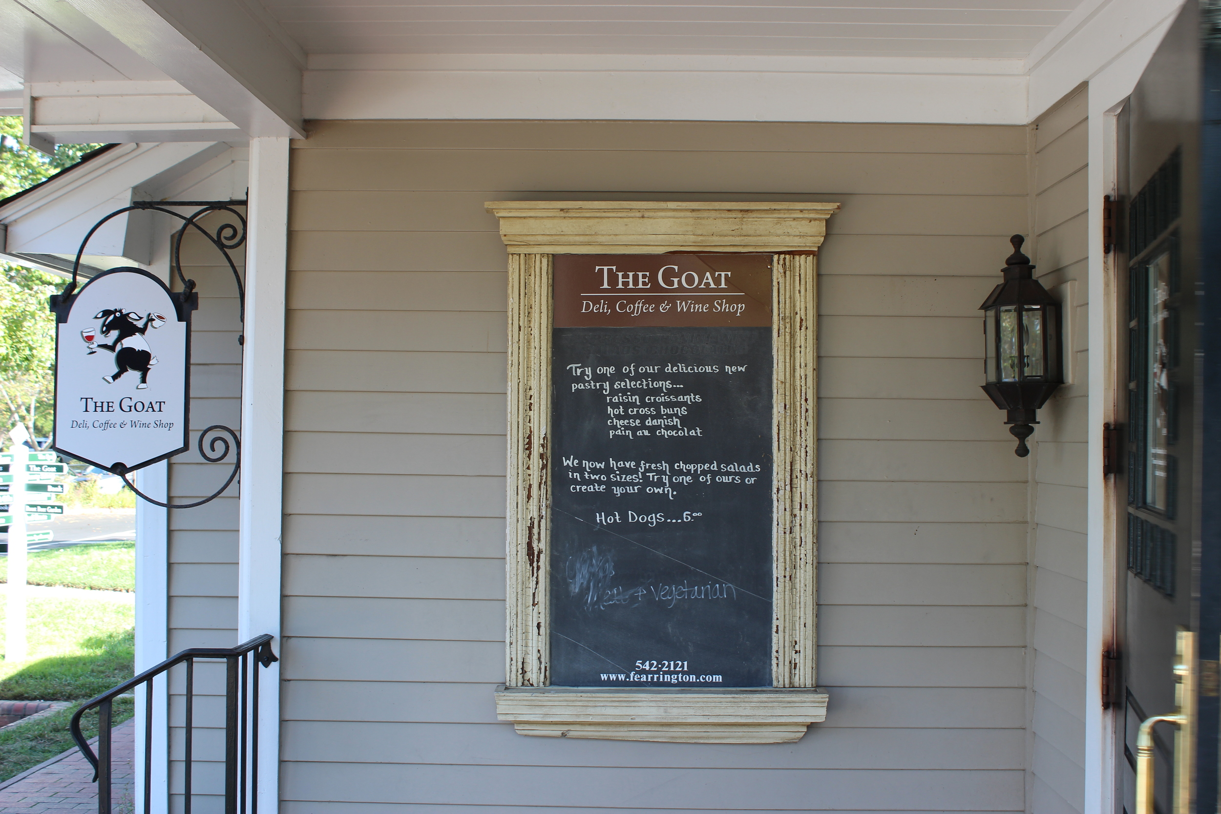 The Goat has a cafe feel, with fresh prepared chopped salads, soups, coffee, and sandwiches.  There is a second floor with a great view, and wifi too!