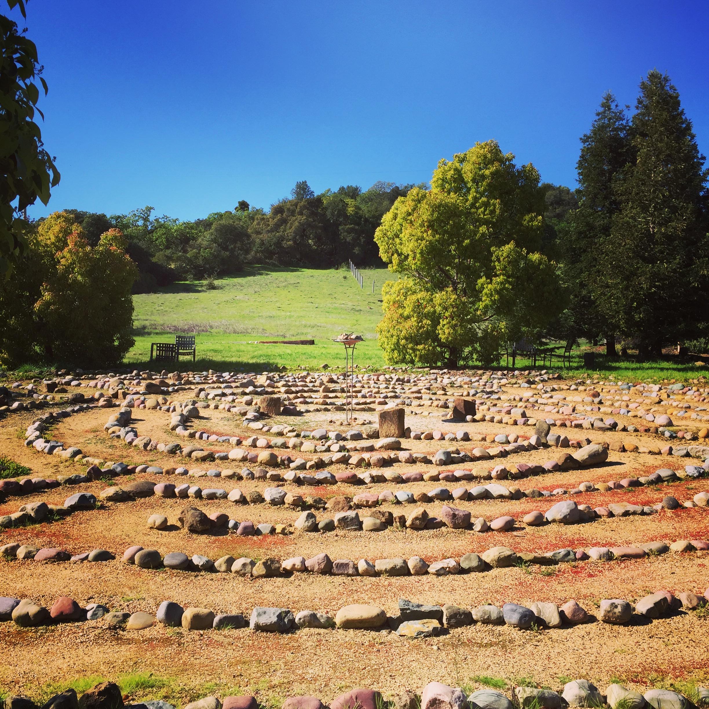 El laberinto de meditacion en el centro de retiro en Sonoma de mi programa de liderazgo. Fueron muchas las veces que lo camine.