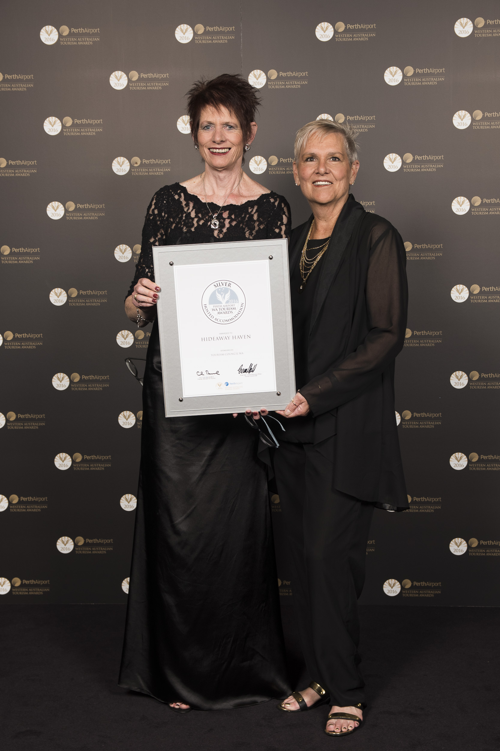 Silver at the 2016 WA Tourism Awards for HideAway Haven
