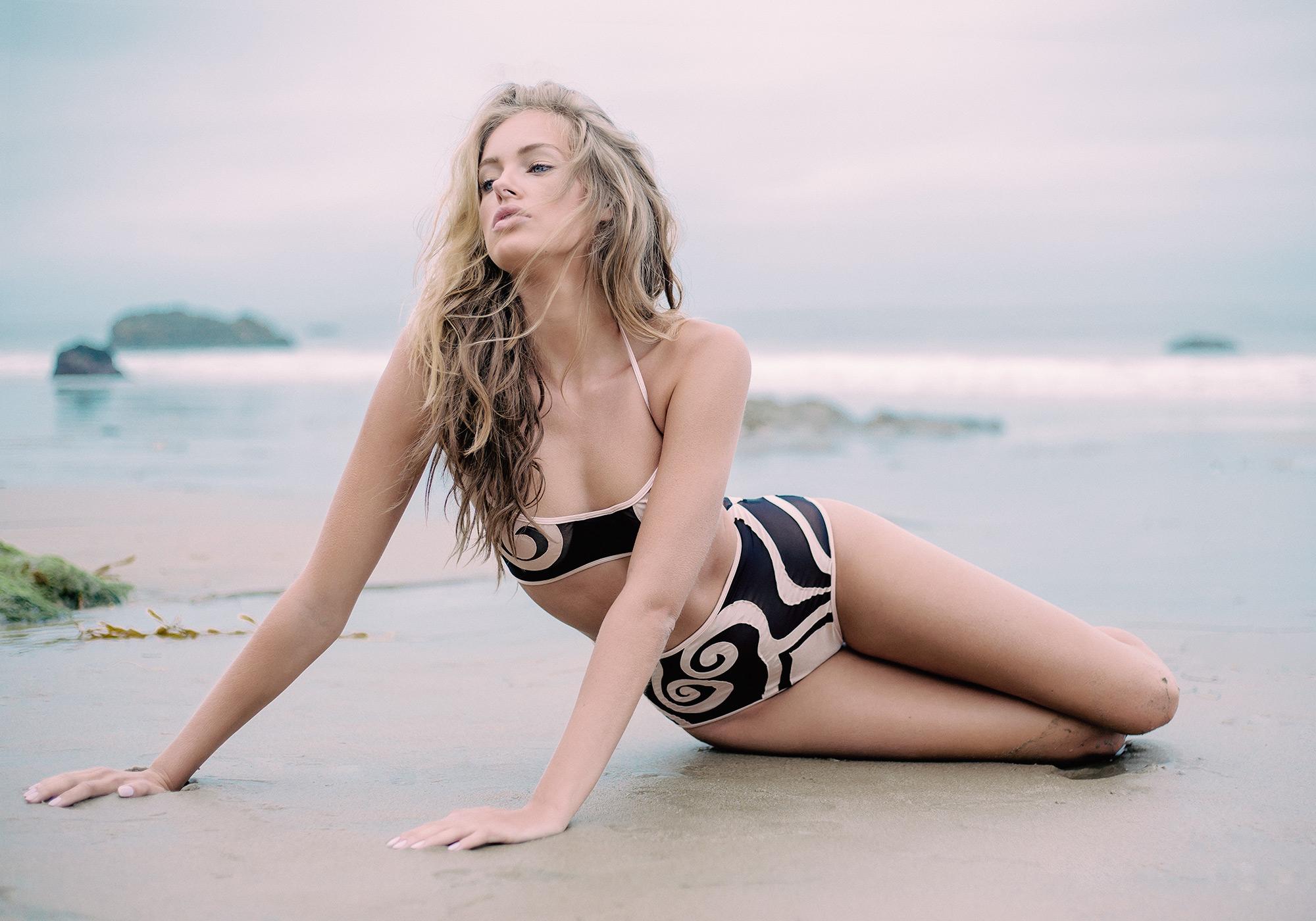 karlaticas_swim+body12.jpg