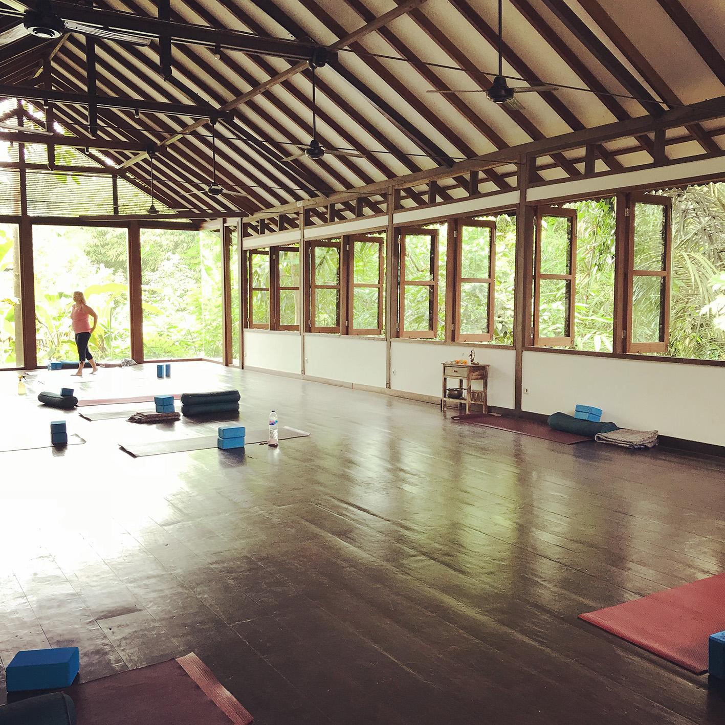 Radiantly Alive Yoga i Ubud