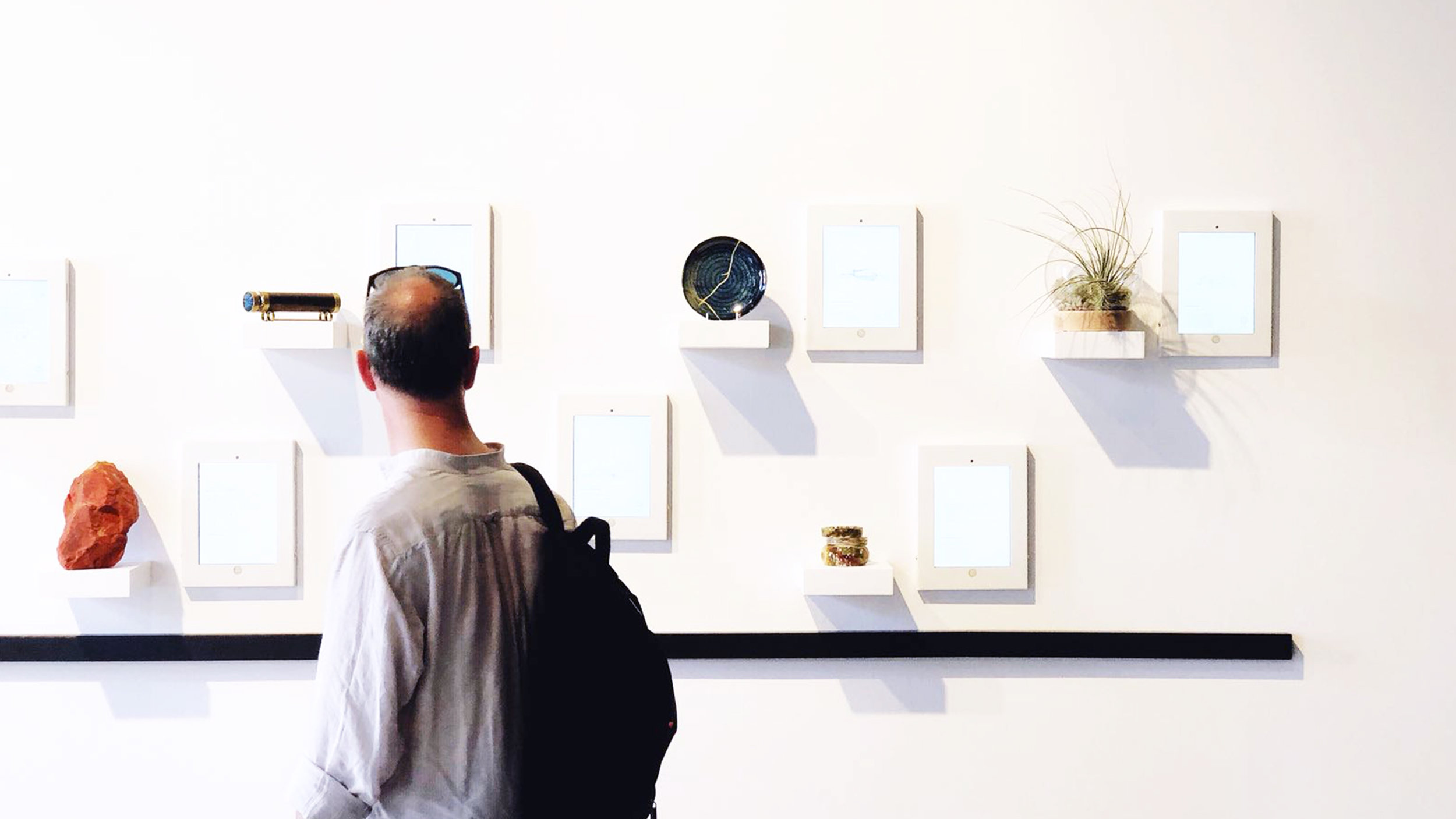 Man enjoying K2LD Venice Exhibition@2x.jpg