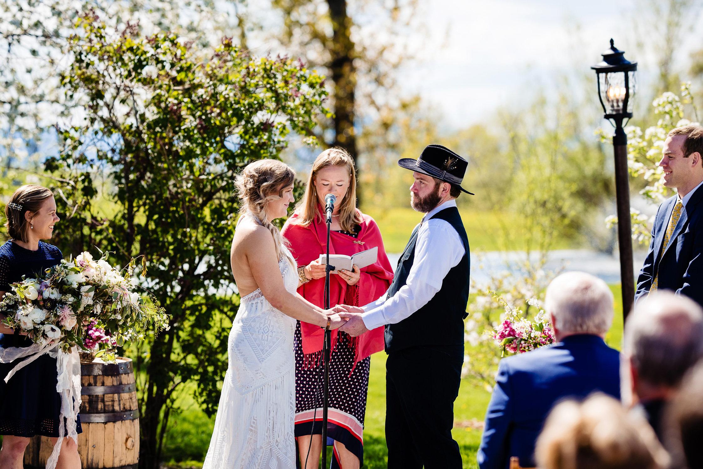 tourterelle-vermont-wedding-photographers-015-2-2247x1500.jpg