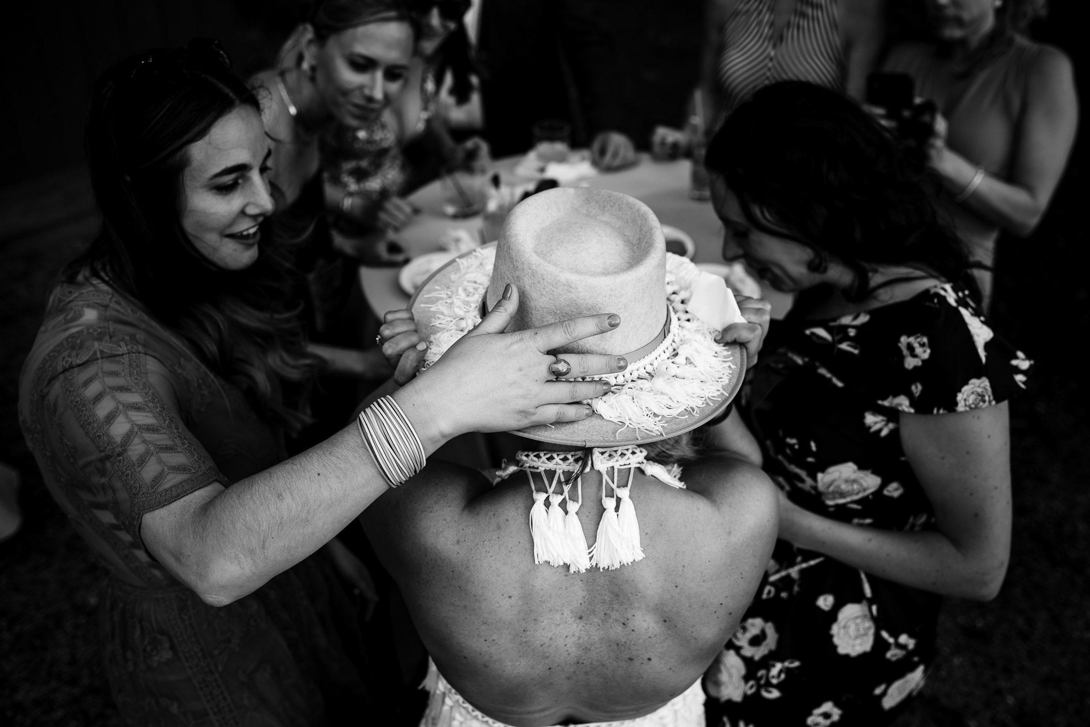 tourterelle-vermont-wedding-photographers-025-2-2247x1500.jpg