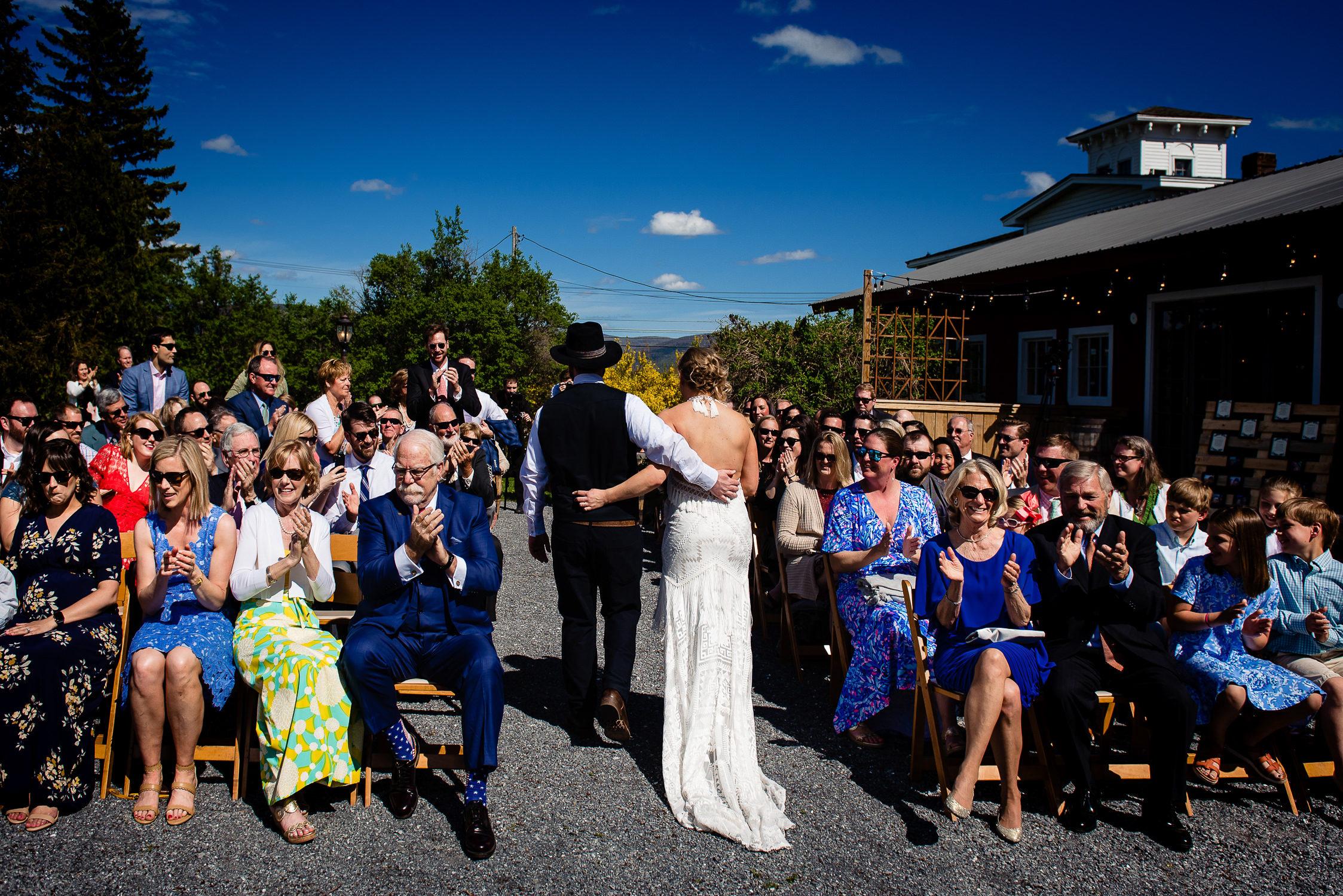 tourterelle-vermont-wedding-photographers-020-2-2247x1500.jpg