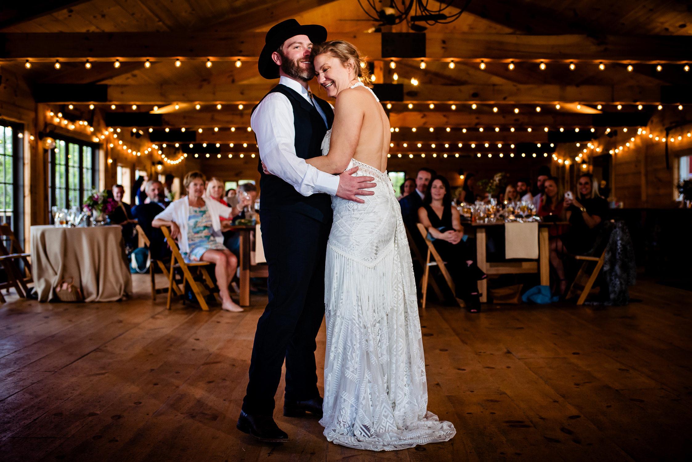 tourterelle-vermont-wedding-photographers-037-2-2247x1500.jpg