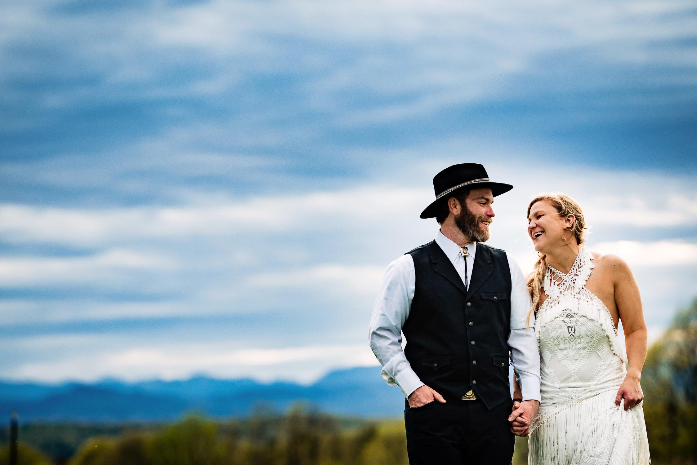 tourterelle-vermont-wedding-photographers-042-2-2247x1500.jpg