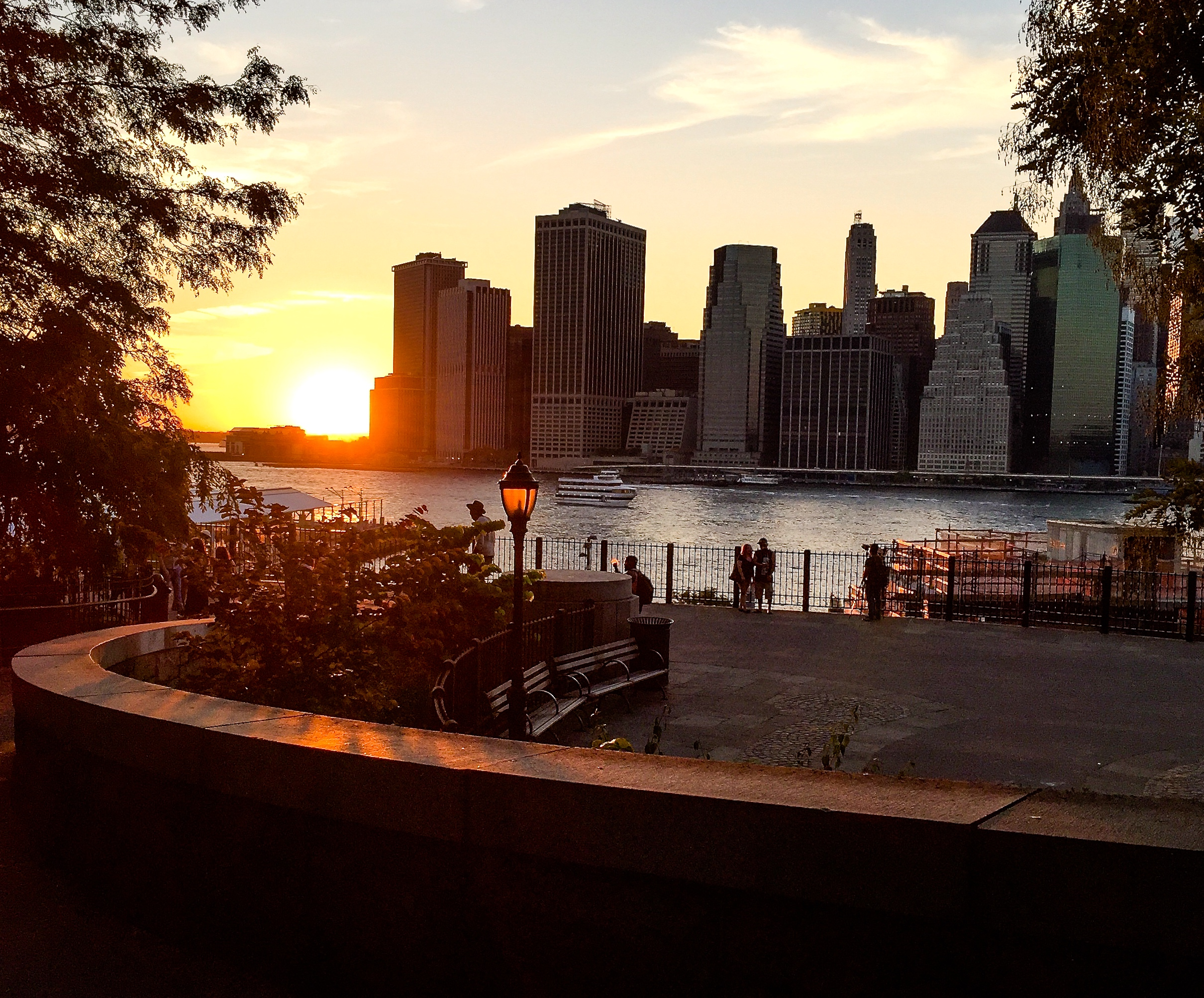 @ @ Brooklyn Heights Promenade_lower Manhattan skyline (iPhone).jpg