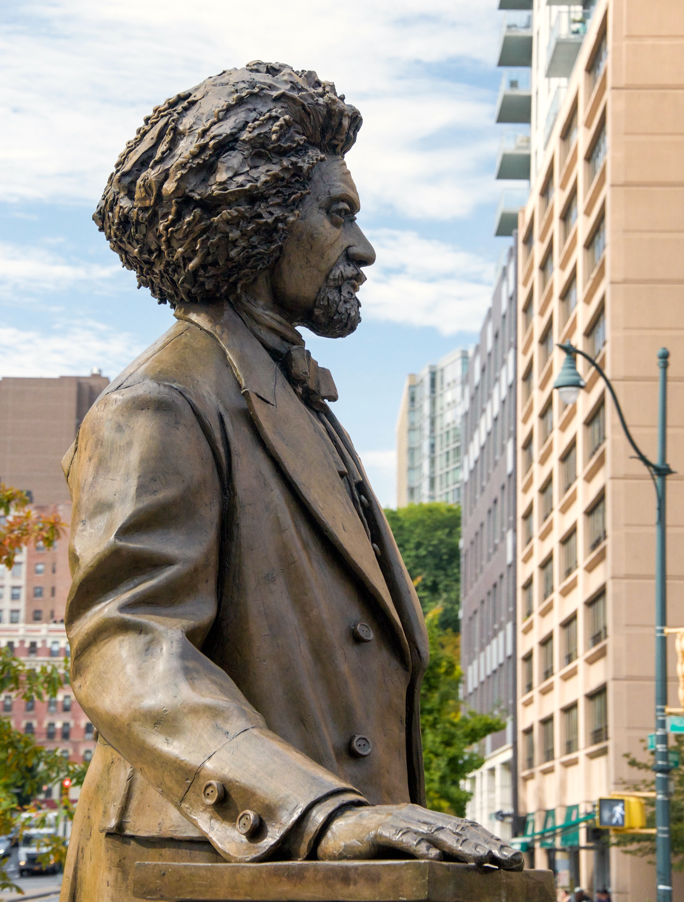 @ Frederick Douglass_Frederick Douglass Circle_ 10.7.17___Photo © 2017 Joseph Kellard:kellardmedia.com.jpg