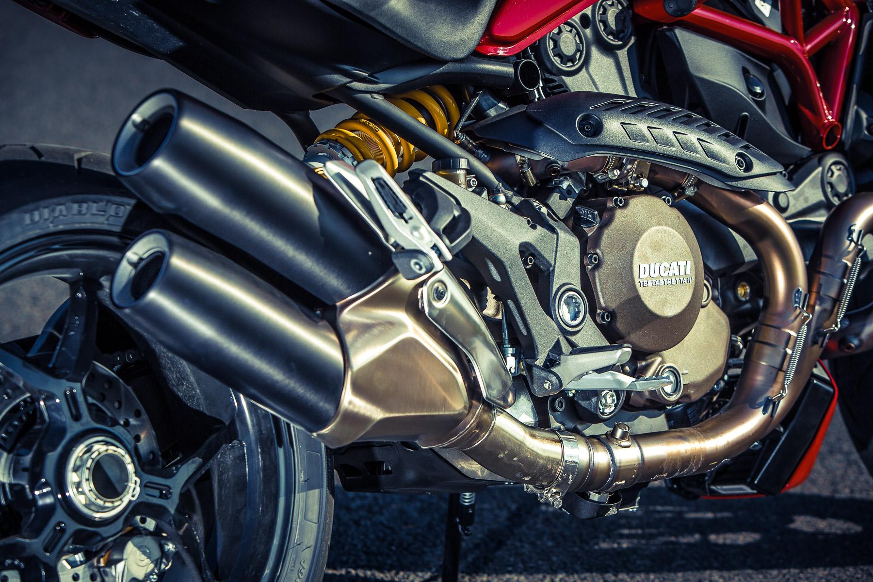 DucatiMonster1200s-0856.jpg