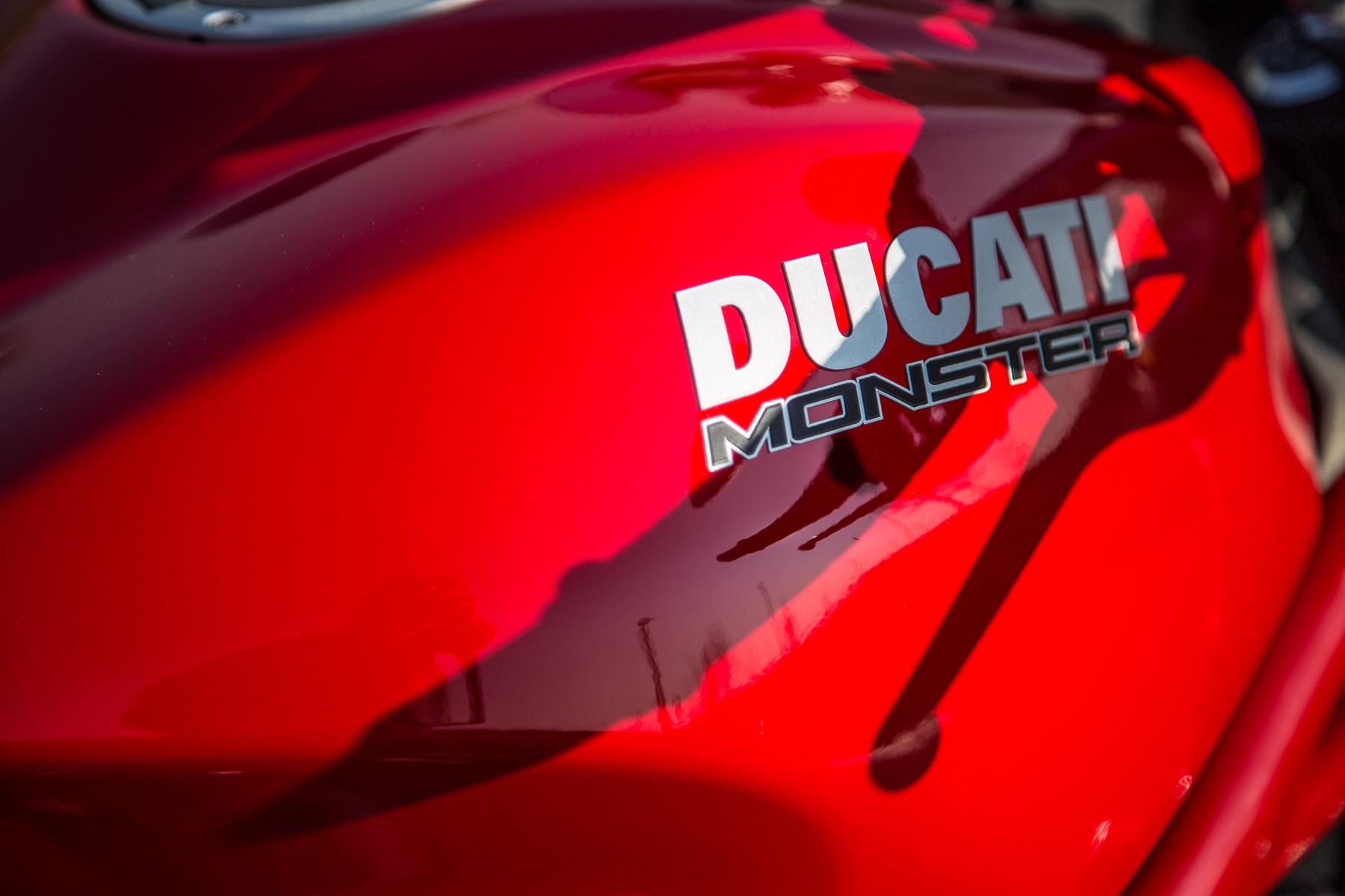 DucatiMonster1200s-0872.jpg