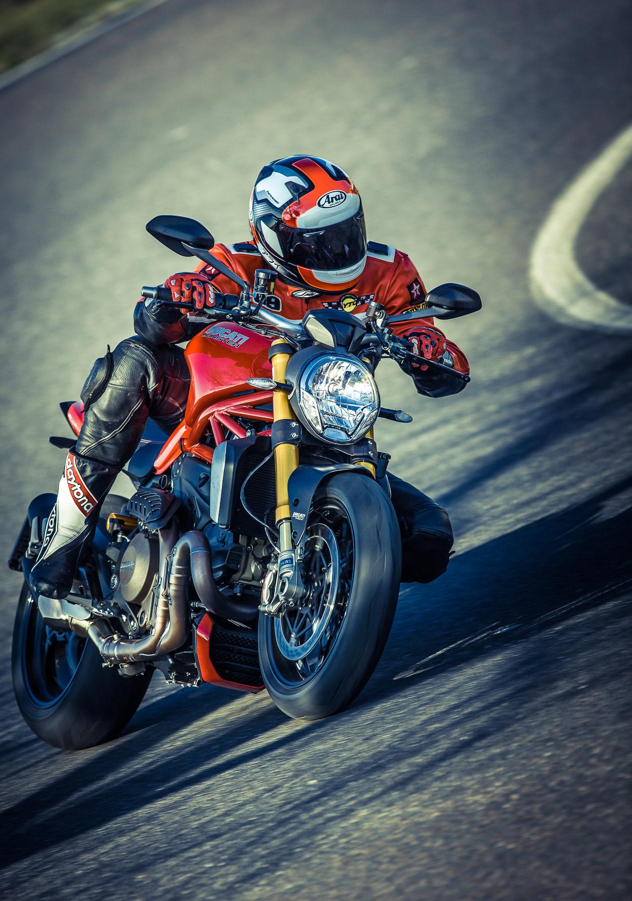 DucatiMonster1200s-0932.jpg