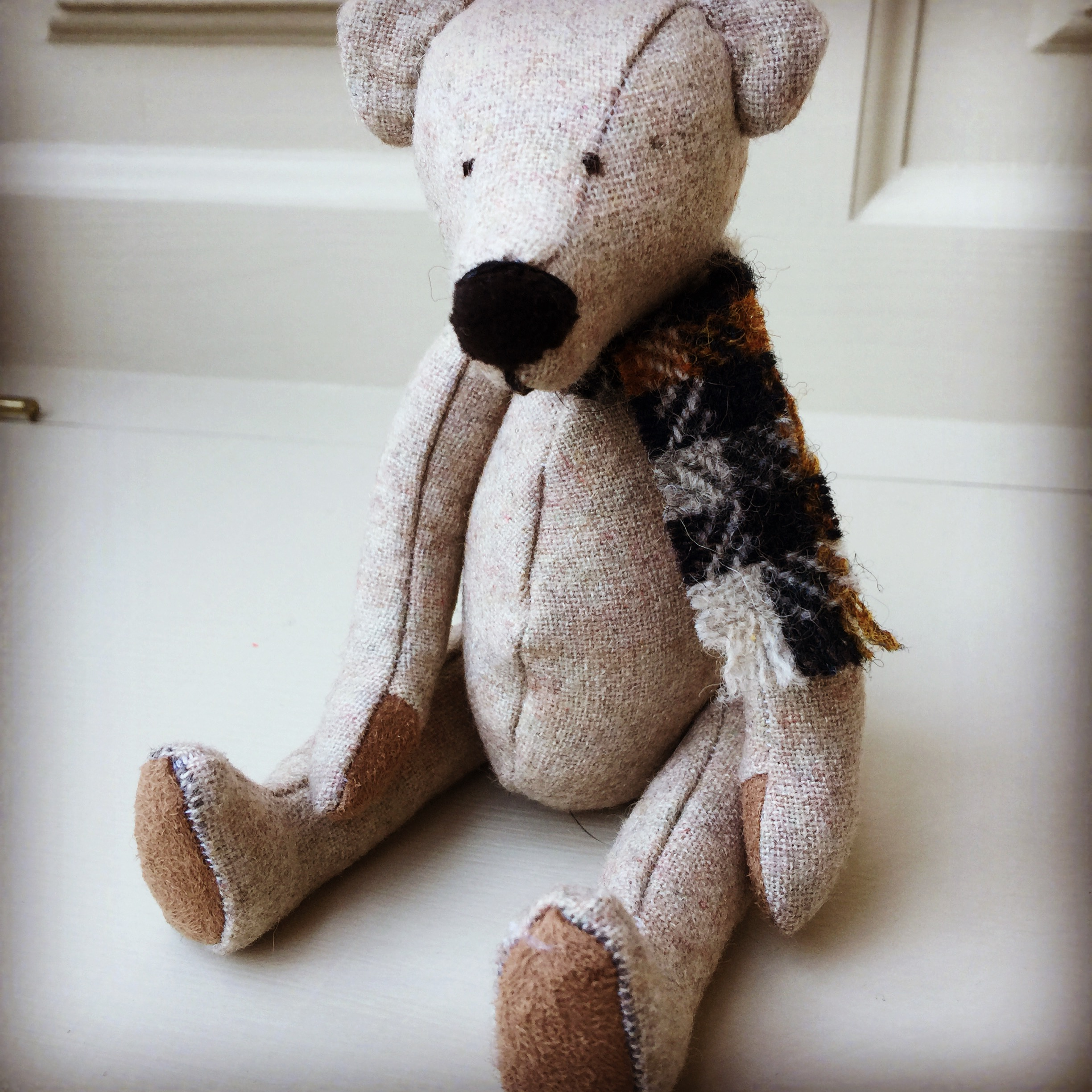 Harris & British Tweed Bears - all jointed.  Various sizes available - see shop