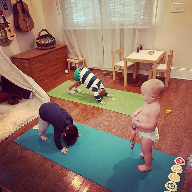 It's never too early to start a yoga practice! 3,2 and 1.5 year olds say so too 🕉🧘♂️