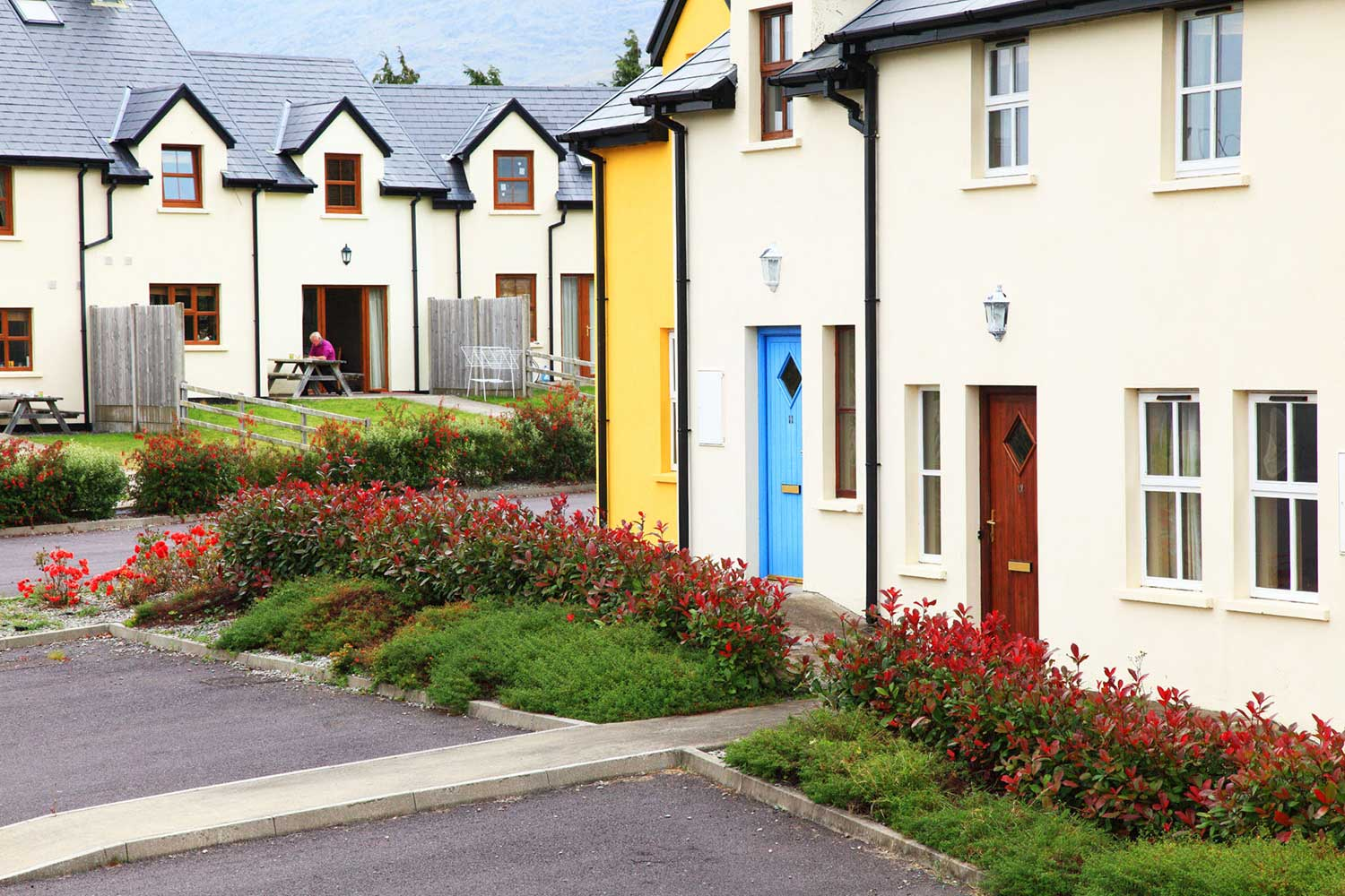 Ardgroom-Leisure-Village-self-catering-accommodation-west-cork-ireland-2-web.jpg
