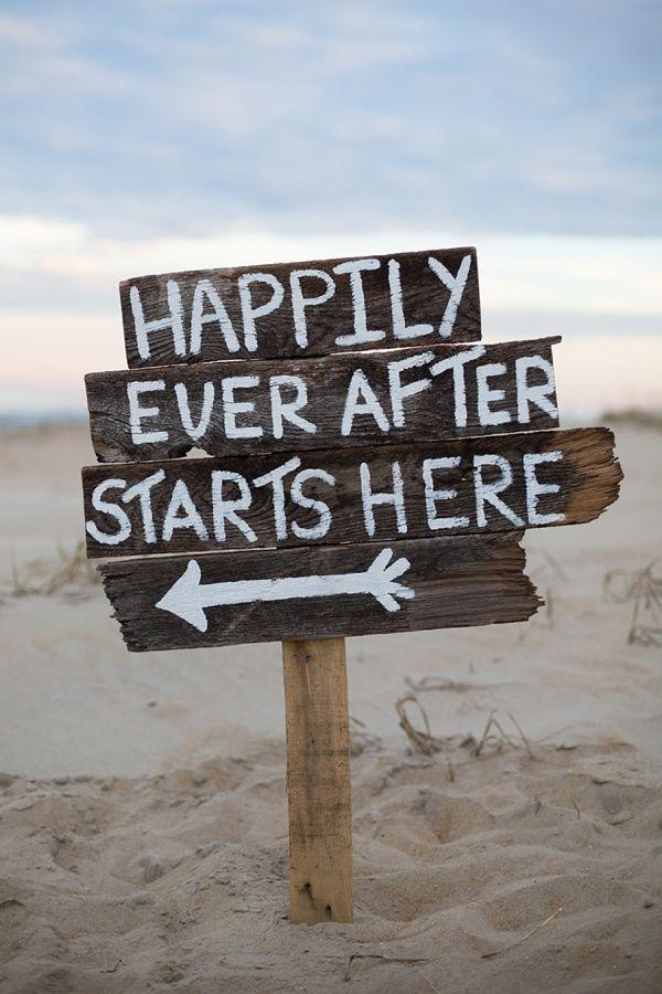 81a6e4667aea80c311754f2cded15b1d--fairytale-weddings-beach-weddings.jpg