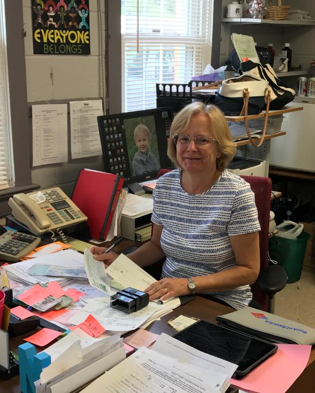 Accountant Nancy Wintemburg