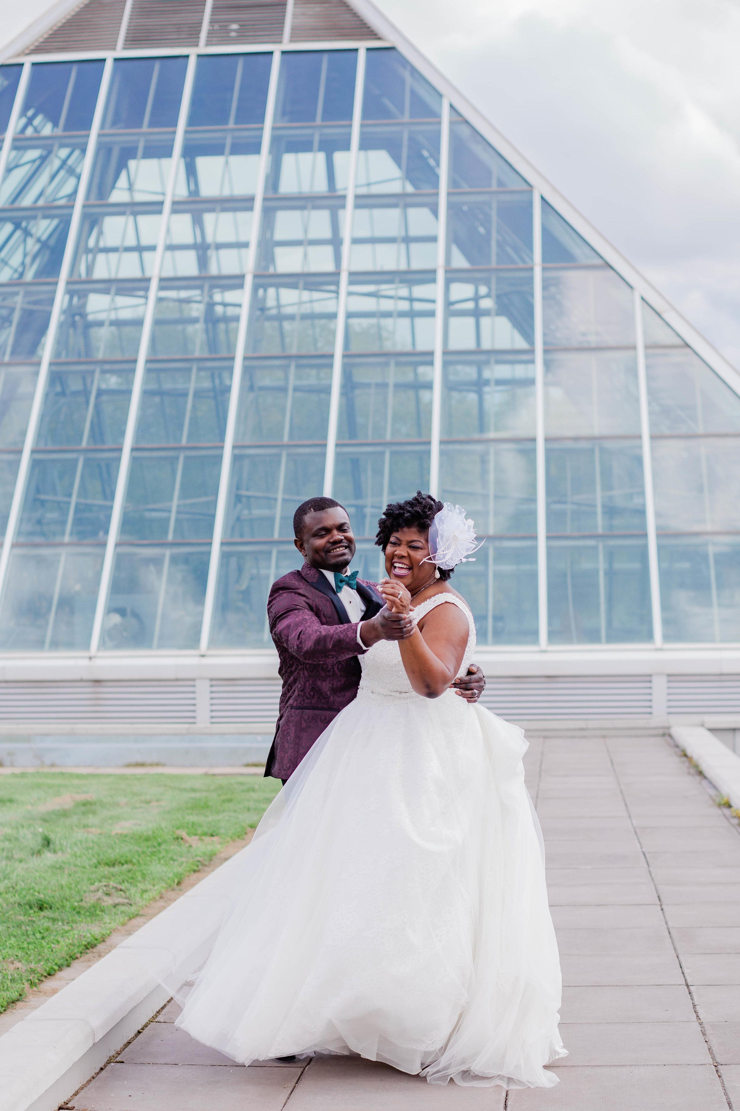 muttart-conservatory-wedding-photo-location