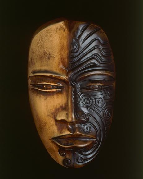 maori-mask (1).jpg