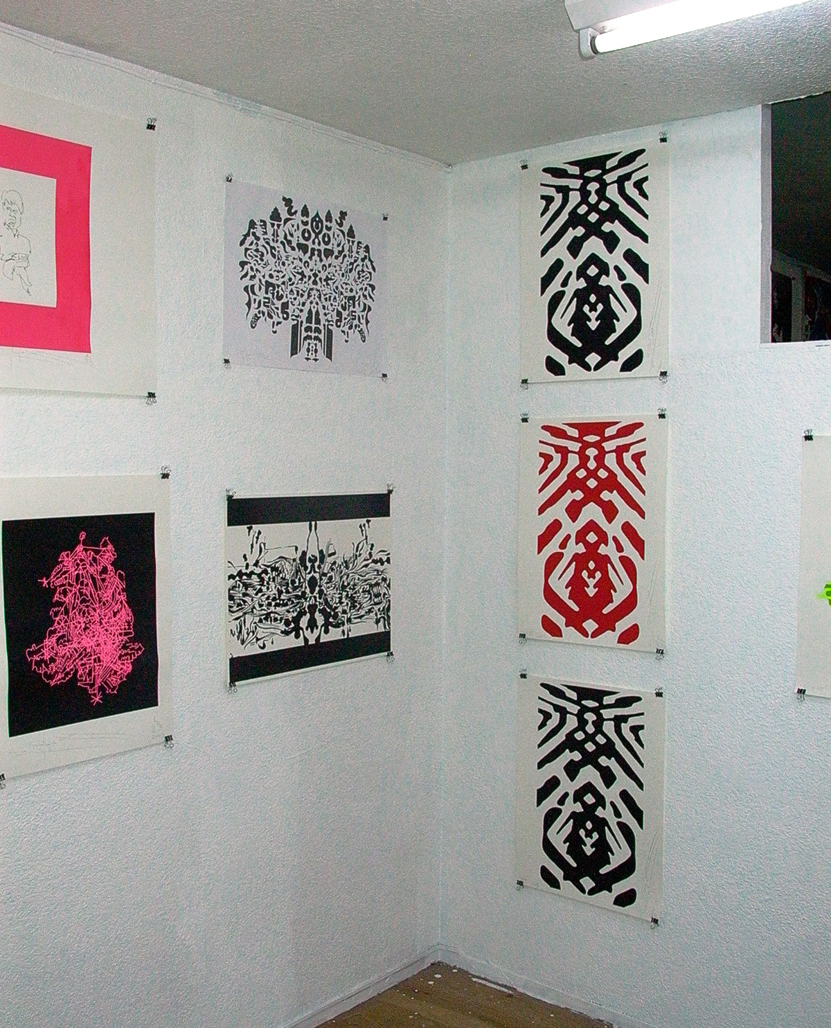 Installation view,  Inconxistence  Dyezue Gallery akameguro, 2003