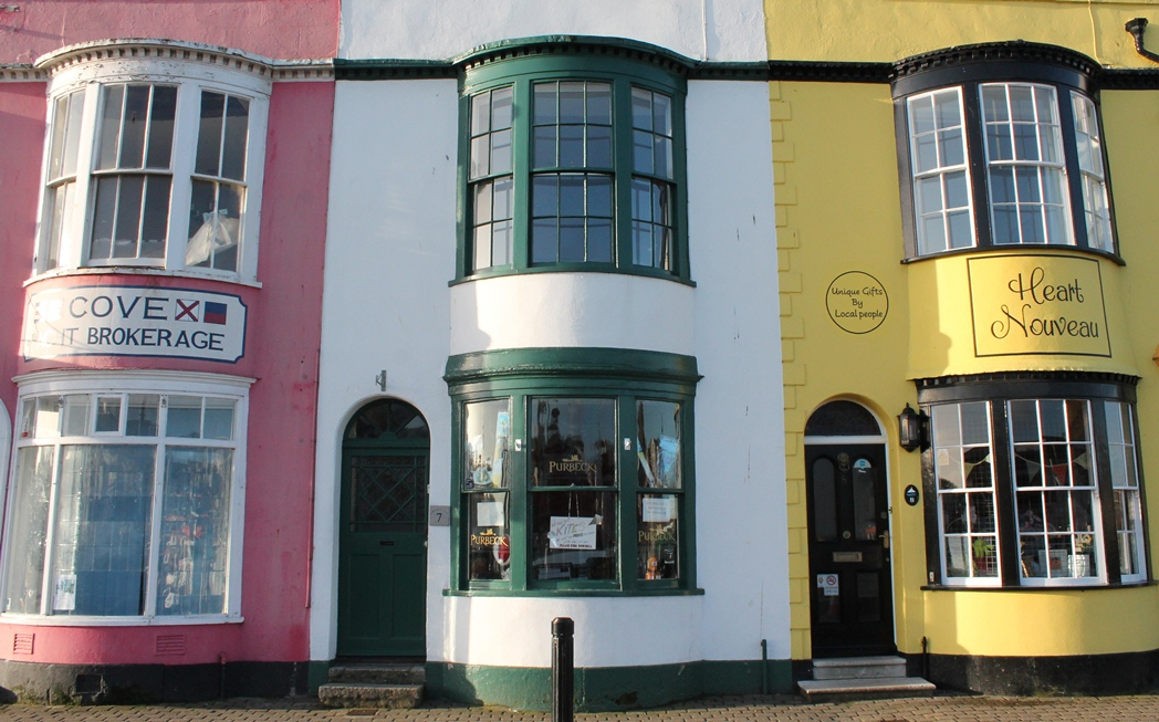 weymouth-harbour-shops.JPG
