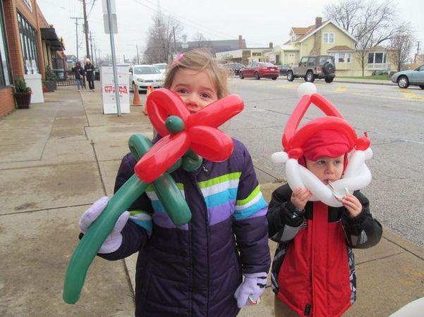 kids-holiday-walk.jpg
