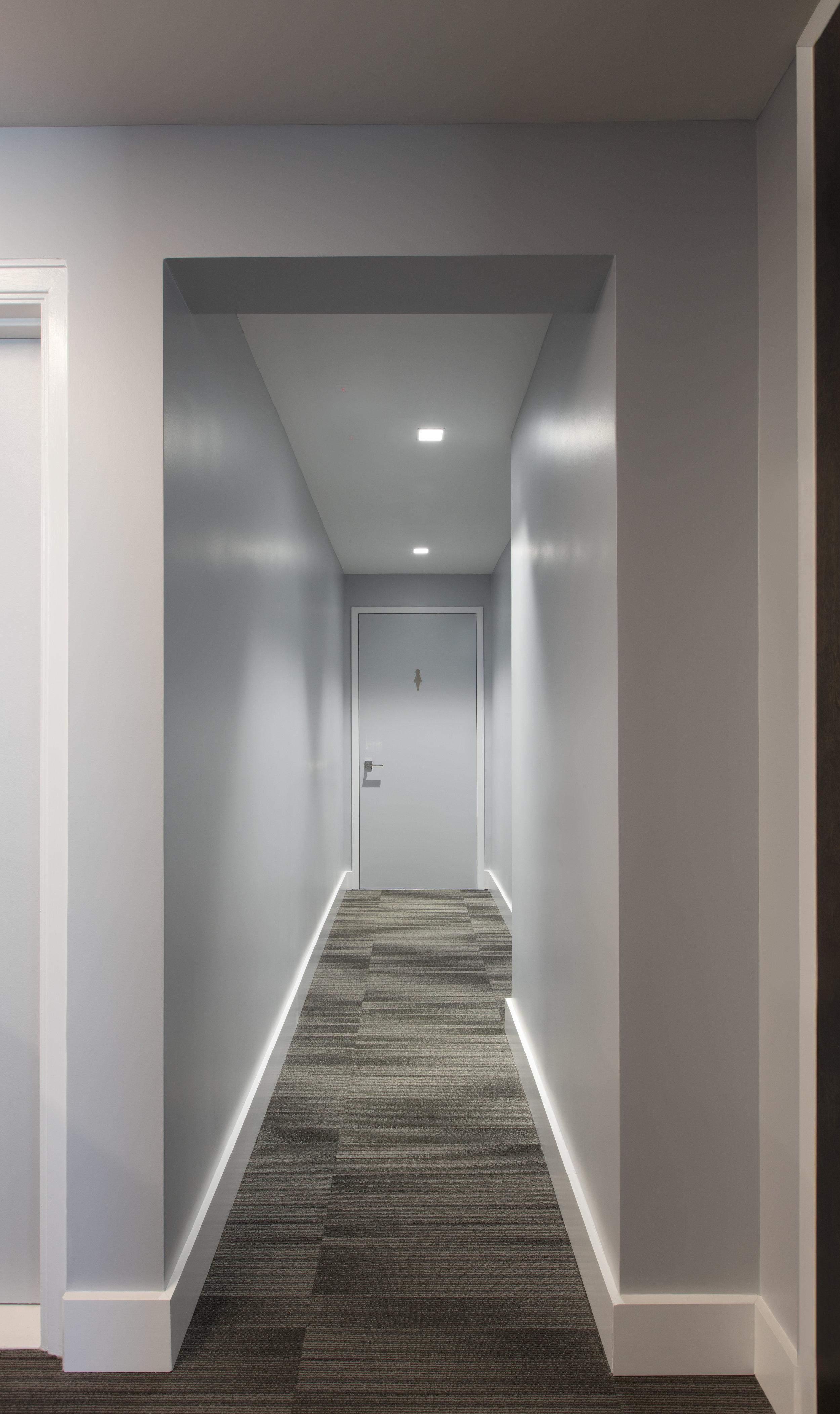 Corridor 4.jpg