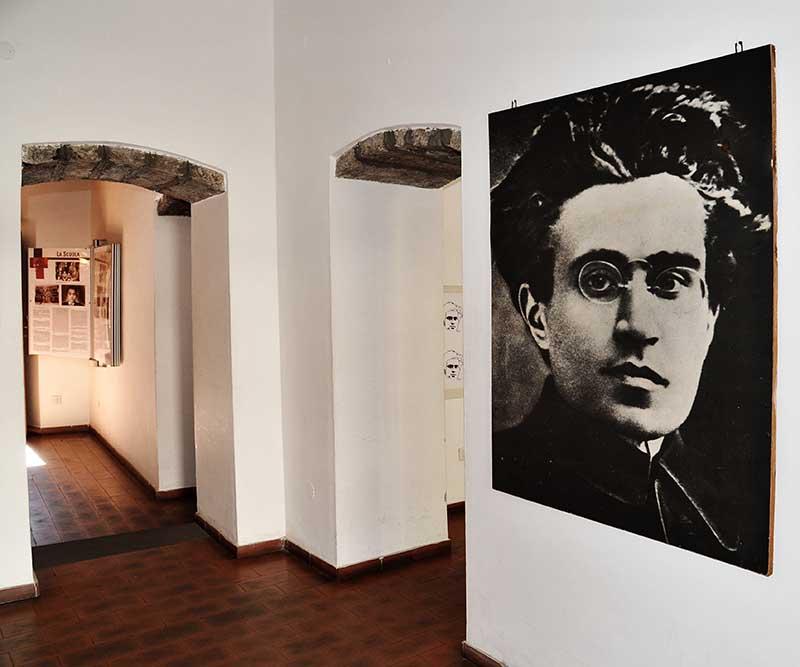 Casa Gramsci_18pp.jpg