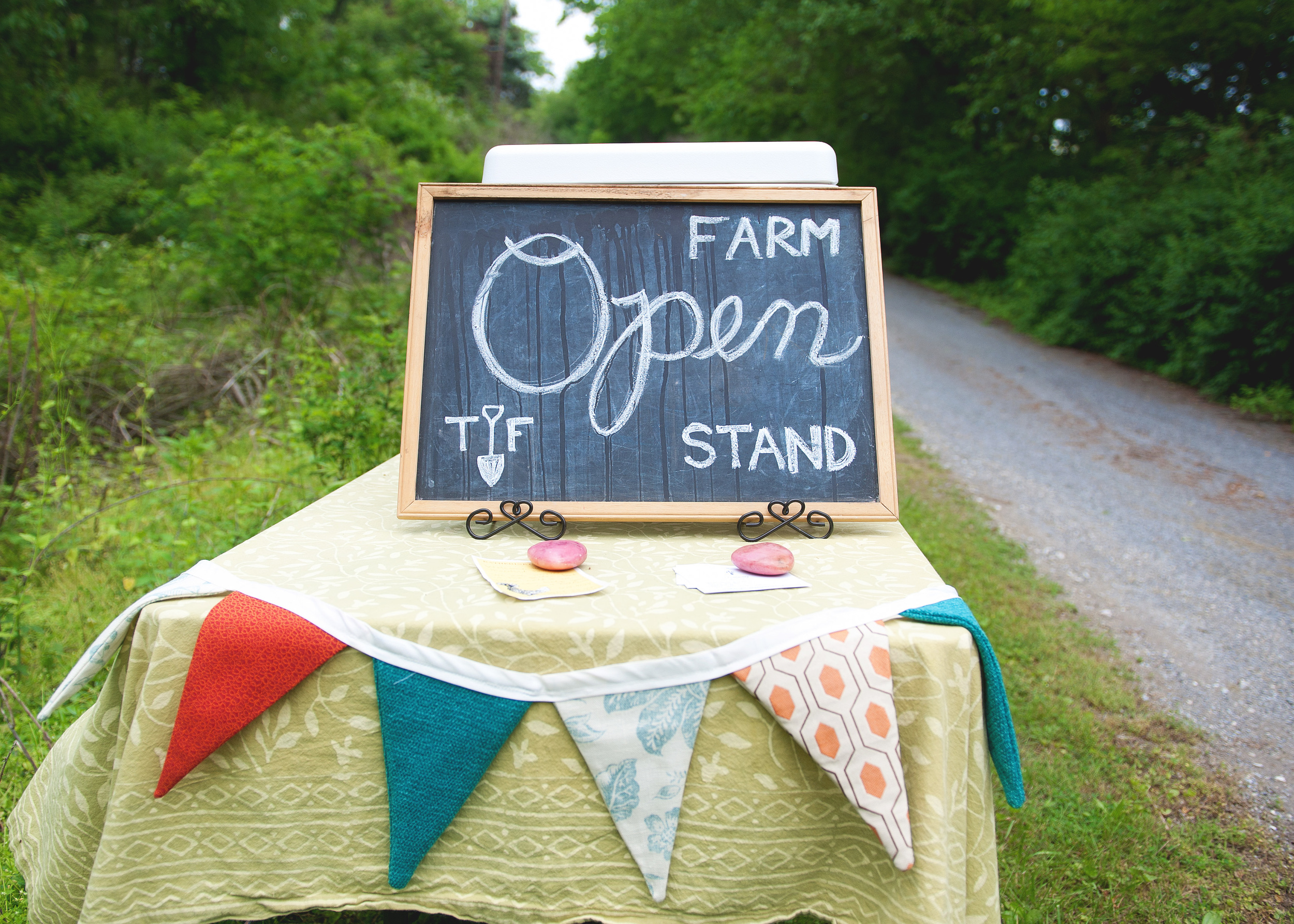 farm_stand_sign.jpg
