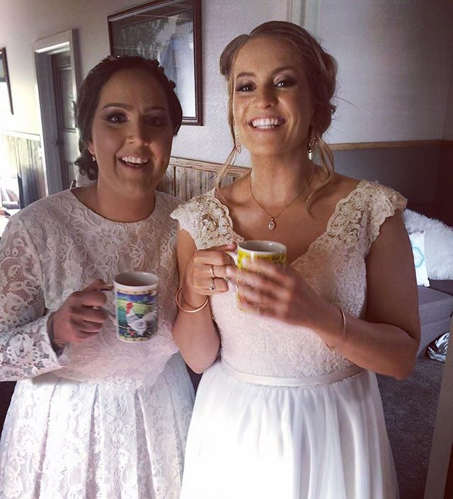 What do you do when you can't find a champagne flute and it's only 20 mins to the ceremony!? What else but drink Moët out of a mug!  Such a joy to be a part of this fabulous day today 🥂 . . . #marriedbybridie #gumgullyfarm #loveislove