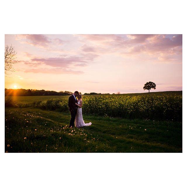 K + D ⠀⠀⠀⠀⠀⠀⠀⠀⠀ . ⠀⠀⠀⠀⠀⠀⠀⠀⠀ .⠀⠀⠀⠀⠀⠀⠀⠀⠀ .⠀⠀⠀⠀⠀⠀⠀⠀⠀ #justmarried#weddingplanningtime#londonweddingphotographer#londonweddingphotographer#londonwedding#documentaryweddingphotographer#weddingreportage#documentartyphotography#shenleycricketclub #2019bride#bridetobe2020#2020bride#bridetobe2021#2021bride#natural#candid#weddingseason#outdoorwedding#realweddings#countrysidewedding#brideandgroom#summerwedding#readingwedding#instawedding#instabride