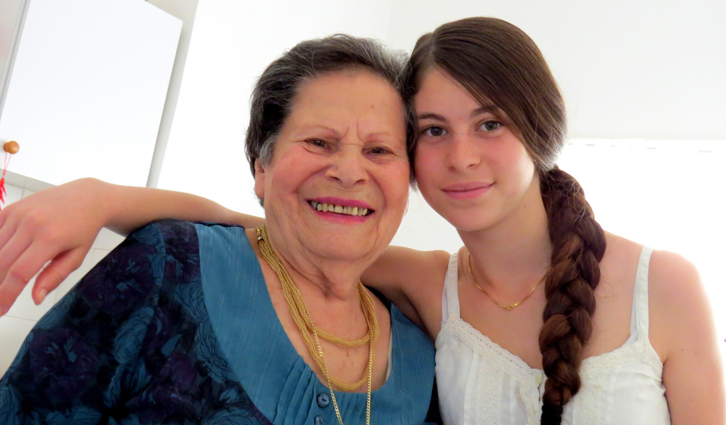 Rina Mevorach and her gr  daughter Enelle
