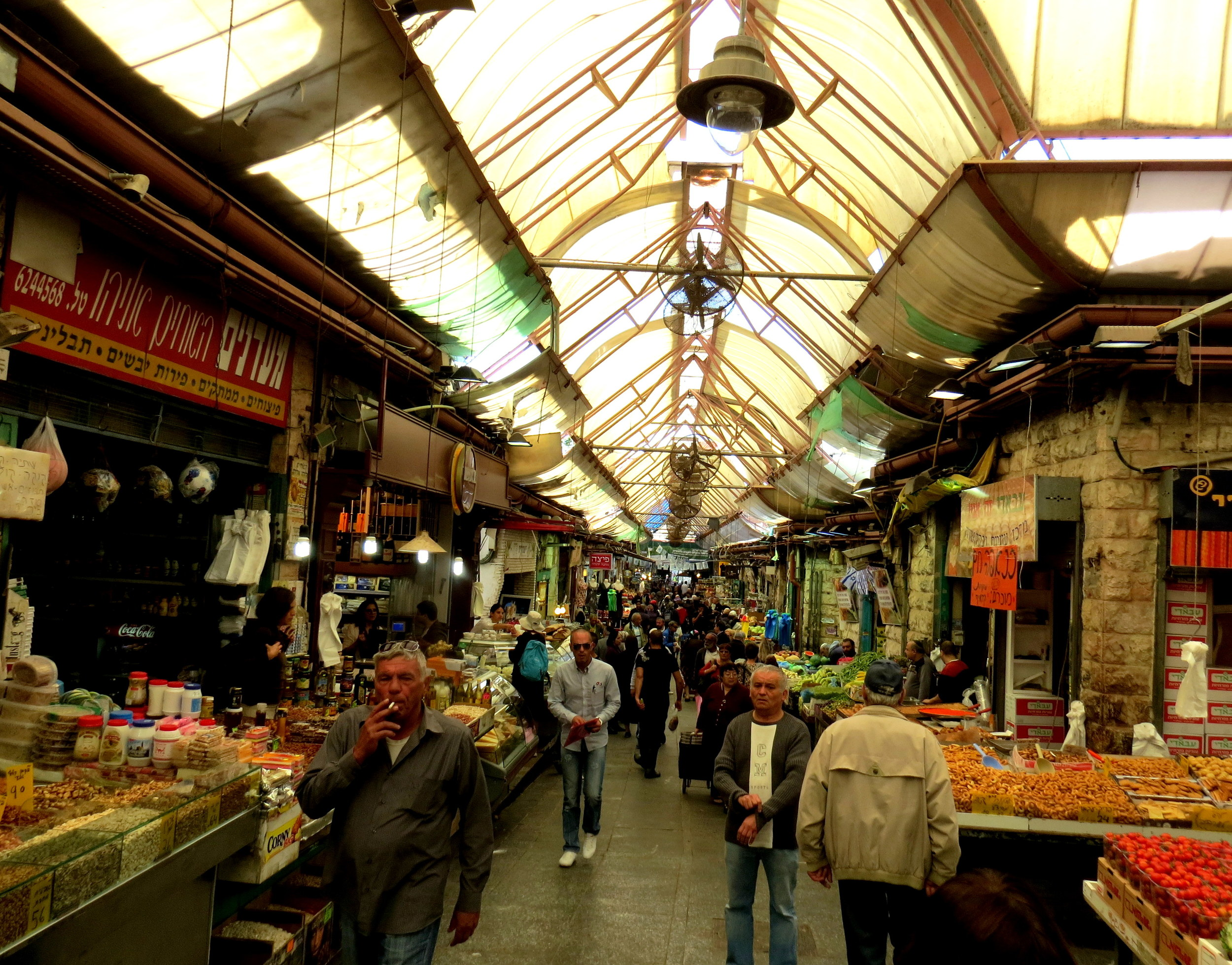 Rina has been shopping at this Jerusalem market for almost 70 years!