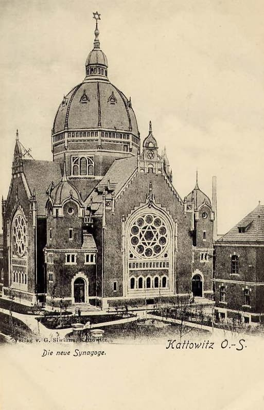 Postcard of Katowice's main synagogue, built in 1900 and destroyed by the Nazis on 4 September 1939, just 3 days after the War began. Nearby Jewish communal buildings were used by he Gestapo, the Nazi secret police.