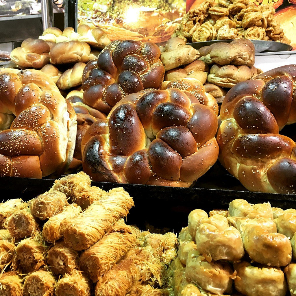 Round Sabbath challah for the New Year on sale in Jerusalem