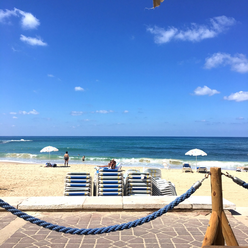 Front seat at Casis cafe, Jaffa Beach.