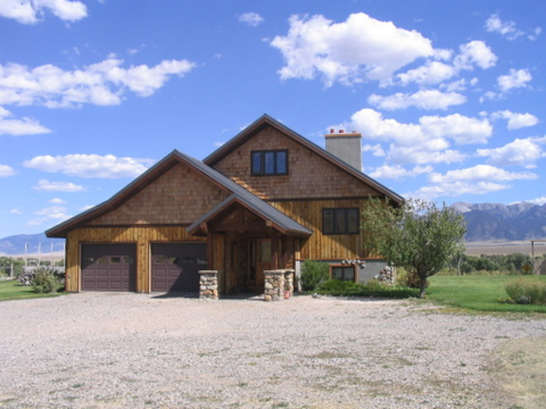 9t9 Ranch house.jpg