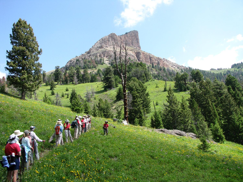 Hiking Sphinx Mountain (2).jpg