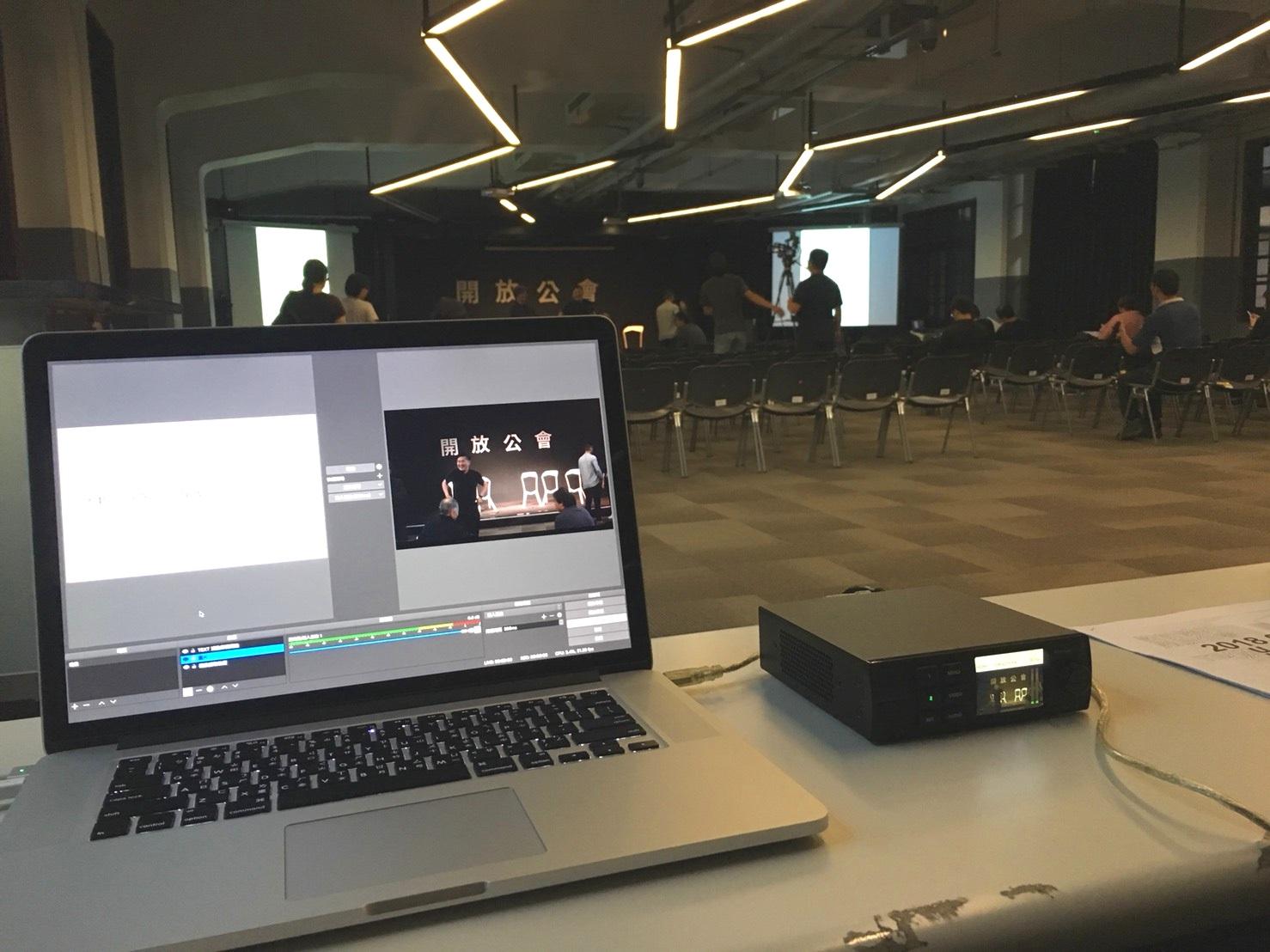 Livestreaming-02.jpg