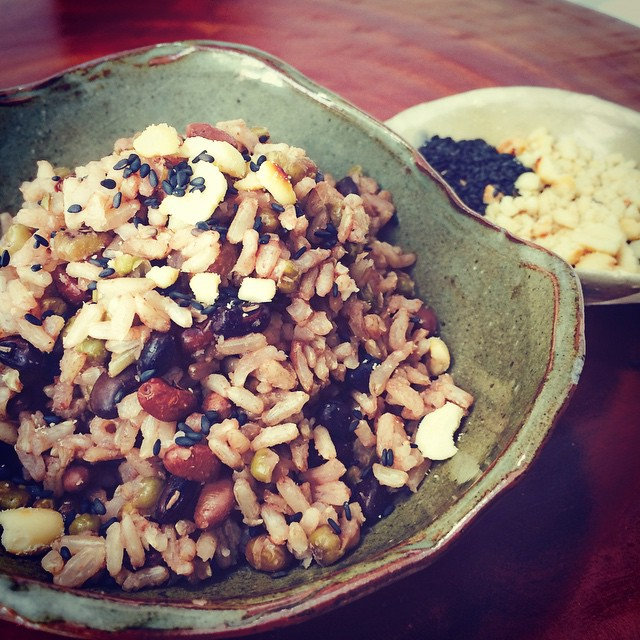 3-Bean Brown Rice Bowl - the way to go for a healthy meal