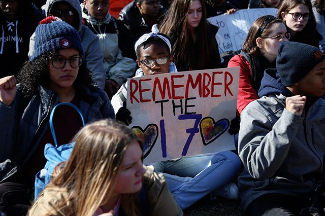 1) A student participating in the National Walkout holds a sign in front of the White House with the words 'Remember the 17' in allusion to the students and teachers killed at Stoneman Douglas High School in Parkland, Florida one month ago. Students held a moment of silence for 17 minutes starting at 10am.  2) Tiny world of last minute of silence in front of The White House during the National School Walkout in Washington, D.C.  March 14th, 2018.  #breakingnews #breaking #reportagespotlight #WashingtonDC #Washington #WhiteHouse #protest #Canon #notiphone #photojournalism #politics #politica #protesta #shoes #GunControl #stonemandouglas #walkout #EndGunViolence #NotOneMore #NationalWalkout #activism #Parkland #Enough #marchforourlives #360 #vr #tinyworld #tinyplanet