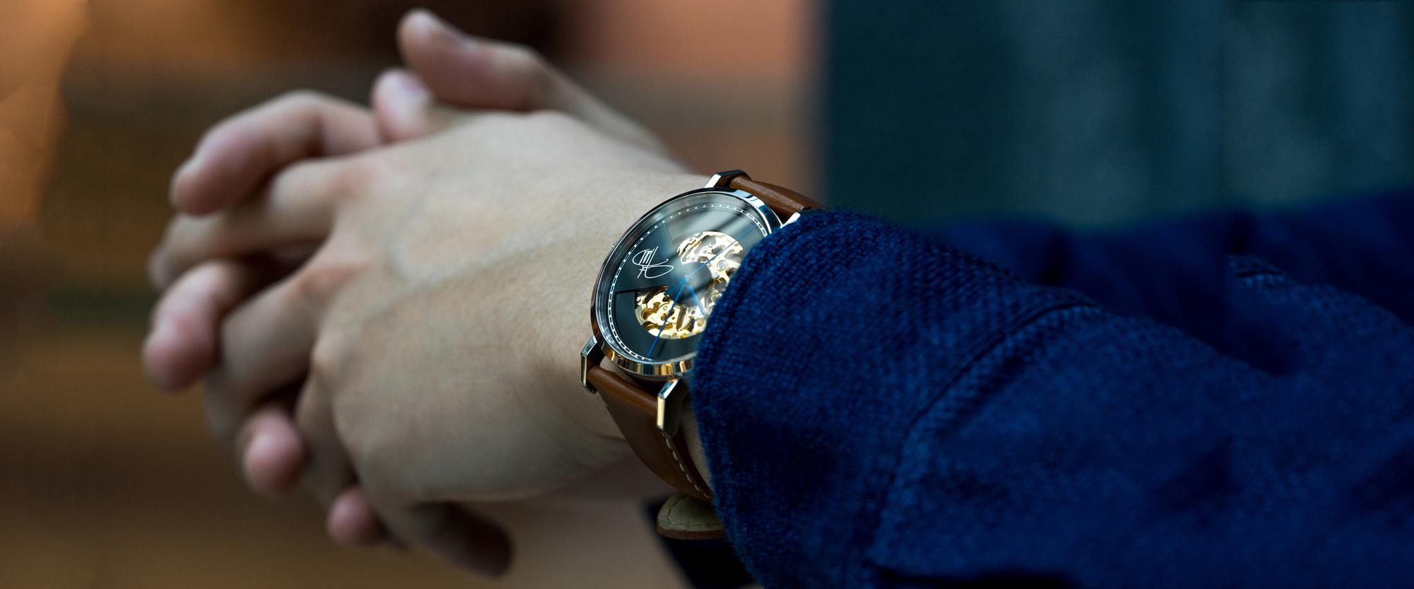 客製化錶盤 NTD 1600, 需時 5 個工作天