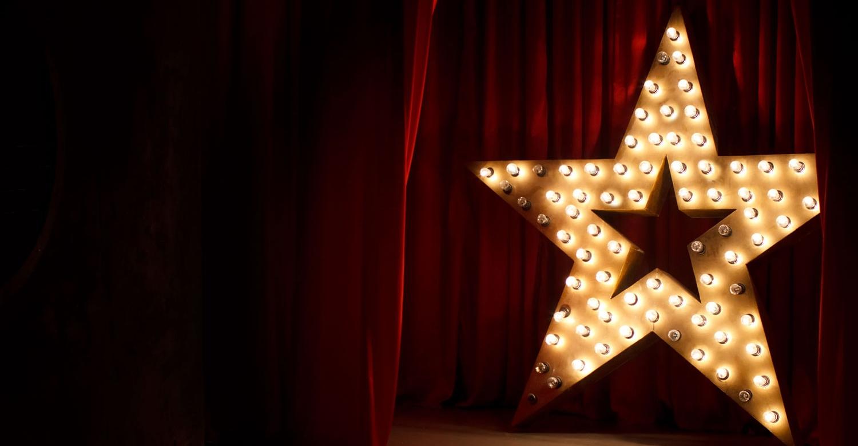 star-lights-on-stage-wideWEB.jpg