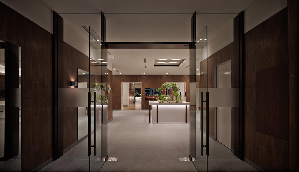 (Teo Yang Studio) 망향 휴게소 화장실 개선 프로젝트 준공사진_02.jpg